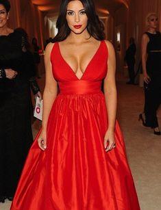 Vestido rojo del modelo Kim Kardashian | Patrones lecciones en línea y el modelado sew cloth, dress kim, sew tutori, kim kardashian vestido rojo, 14moda modelagem