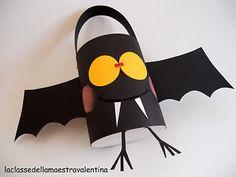 cestello porta dolcetti  basket cakes bats, bucket, kids crafts bat, baskets, teacher, paper cups, paper crafts, kid crafts, treat