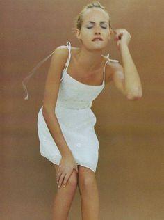Amber Valletta for Alberta Ferretti