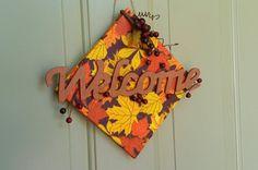Welcome Sign Fall Craft. What a fun idea for autumn! birdsandblooms.com