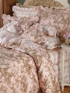 Highlandia - Luxury Bedding - Italian Bed Linens - Bringing a fresh new approach to plaid, refreshing 300 thread count pure Egyptian cotton sateen combines a bold and beautiful pattern with soft and subdued tints of Blue and White, or Brown, Pink, and White