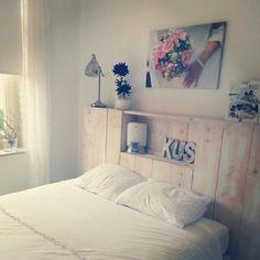 Mijn zelf ontworpen bedhoofd van steigerhout ♡ More