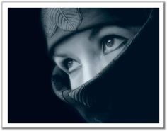Resultados de la Búsqueda de imágenes de Google de http://4.bp.blogspot.com/_qD6FvMeQ6HE/TVEVp0DZKNI/AAAAAAAAAMw/-qyNFfVZoYk/s1600/mujer_arabe.jpg