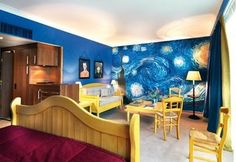 A Starry Night bedroom mural