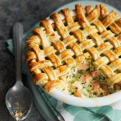 fish pie with salmon and fresh peas foods, fish pie recipe, fish recipes, prawn, pies, pie recipes, magazin, salmon pie, lattic top