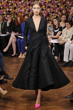 Christian Dior Fall Couture 2012  Ruffled Dresses #2dayslook #RuffledDresses #watsonlucy723  www.2dayslook.com
