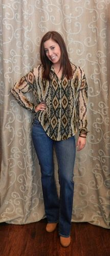 Indian Summer blouse. This blouse has a cute split in the back.  https://www.facebook.com/apricotlanezonarosa
