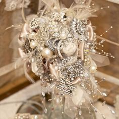brooch wedding bouquet, pearl, brooch bouquets, brooches, wedding bouquets, architecture interiors, irises, ivory, blog