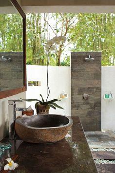 Balinese bathroom ideas on pinterest bali tropical - Open air bathroom designs ...