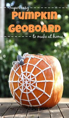 The kids will love playing with this cool pumpkin geoboard for Halloween! Make a yarn spider web, use elastic bands to make a spooky face, or see what geometric shapes you can make. ~ Danya Banya