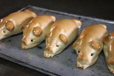 Pig shaped bread