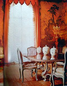 The Windsor's dining room in Paris. Photo by Horst.