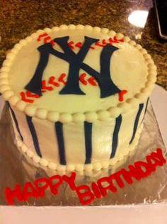 NY Yankees Cake.  Yes please!