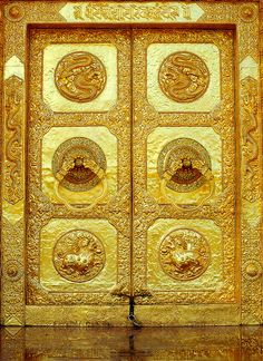 Golden Door, Tibet