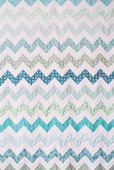 love this zig zag quilt. tutorial link in post