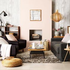 A blush living room // Living Rooms