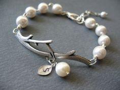 nice pearl bracelet!