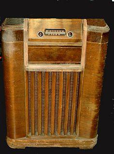 CONSOLE RADIOS - Jim's Antique Radio Museum