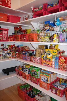 Organized Pantry.  My DREAM!!