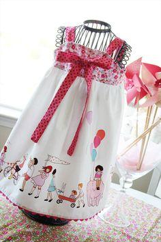 parade knot dress