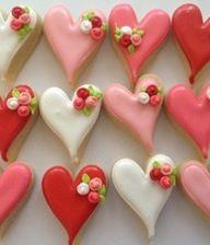 q valentine cookies, cake cookies, low sugar, mini rosett, heart cookies, decorating ideas, valentine gifts, baked treats, bridal showers