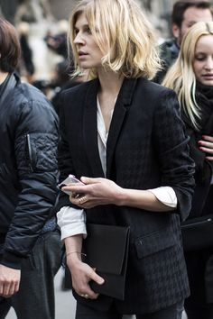 LE FASHION BLOG FRONT ROW CLEMENCE POESY STELLA MCCARTNEY FW 2014 SHORT BLONDE BOB HAIR HAIRCUT BLACK TUXEDO JACKET WHITE SHIRT BUTTON UP BL...
