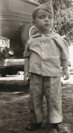 Little soldier, 1943