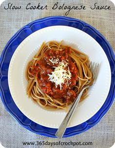 365 Days of Slow Cooking: Recipe for Slow Cooker (crock pot) Bolognese Sauce with Pasta