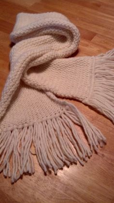 Loom Knit Cream Scarf