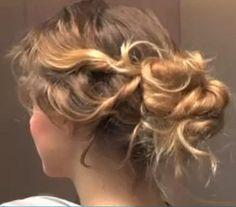 Beautiful-boucles.com : Tuto coiffure chignon flou- bohème cheveux bouclés avec torsades
