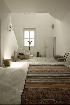 . lights, design bedroom, pari, hous, homes, rugs, white interiors, southwest style, bohemian