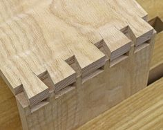 Dovetail Joinery: Free Tutorial for Fitting the Joints Together