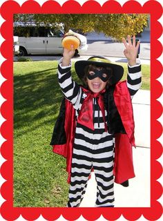 I know it's not Halloween anymore but I had to post these. Hamburgler!!! Cash is super cool (and the son of heather of 3RingCircus)
