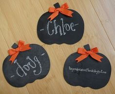 Chalkboard place cards for Thanksgiving.
