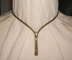 how to make a zipper necklace