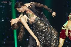 Slam! The Tour : Shah Rukh Khan and Deepika Padukone scorch the stage Movies News Photos-IBNLive