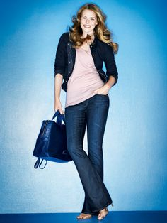5 Ways to Dress 10 Pounds Thinner  You may be sabotaging your shape-up efforts by wearing clothes that visually add weight to your frame. Here, a lesson in how to use color, proportion, and a few genius styling tricks to look thinner