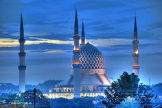 Sultan Salahuddin Abdul Aziz Shah mosque at dusk - Shah Alam, Selangor, Malaysia