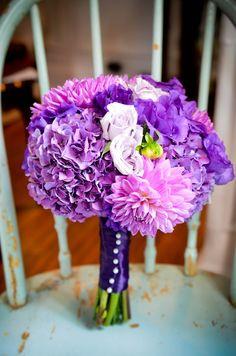 purple pink bouquet wedding