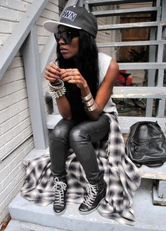 I love her style, very street yet still has a glam factor x