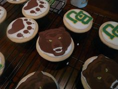 #Baylor University cookies on CakeCentral.com // #SicEm
