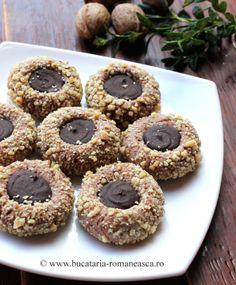 Fursecuri cu nuca si ciocolata