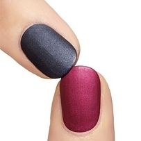 Add corn starch to clear nail polish to create a DIY matte topcoat.
