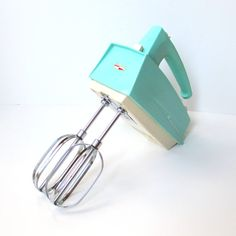 Vintage Hand Mixer Retro Turquoise Kitchen by TheVintageResource