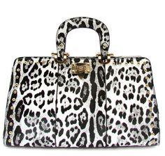 Great handbag print for fall and winter!