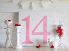 easy Valentines Day glitter sign #valentinesday #homedecor