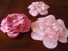 Sunshine Memories: How to make pretty paper roses out of heart shapes...