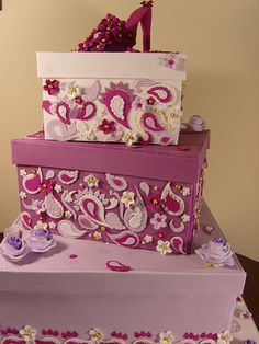 Purple paisley box-shaped cakes