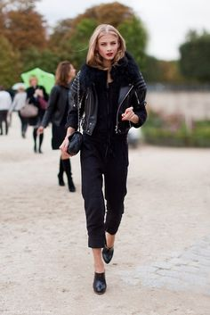 Models Off Duty Styles - All Black Outfit