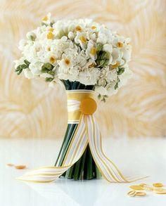 bridal bouquet white winter gold